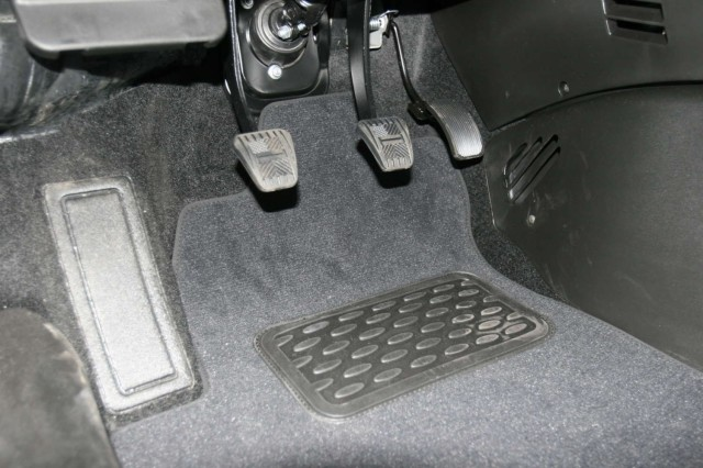 NLT520611110KH AUTOFAMILY-NOVLINE Текстильные коврики в салон Chevrolet Niva