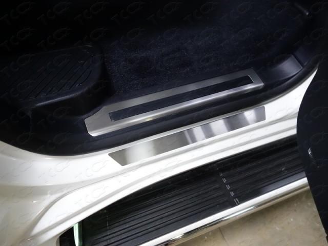 TOYLC2001519 ТСС Накладки на пороги (лист шлифованный) для Toyota Land Cruiser 200 (2015-2016)