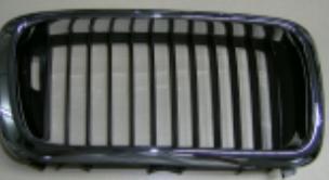 Решетка радиатора прав хром-черн BODYPARTS BME3895100HBR