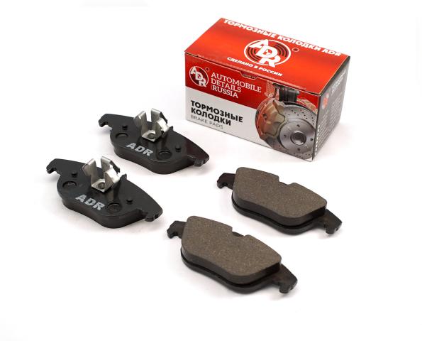Тормозные колодки задние MERCEDES C седан III (W204), E кабрио II (A207) ADR ADR421121